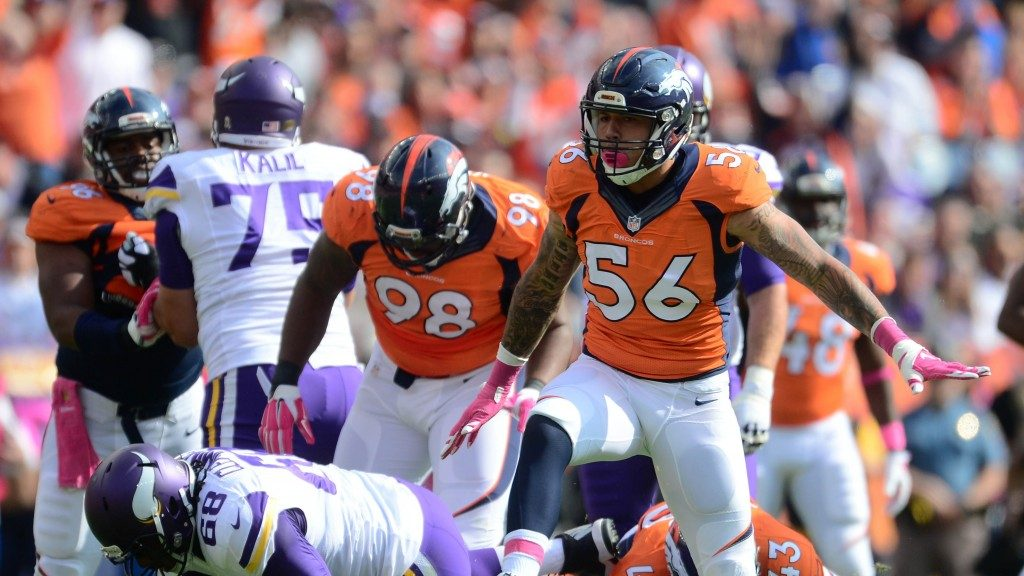 #56 Shane Ray, Denver Broncos on the field