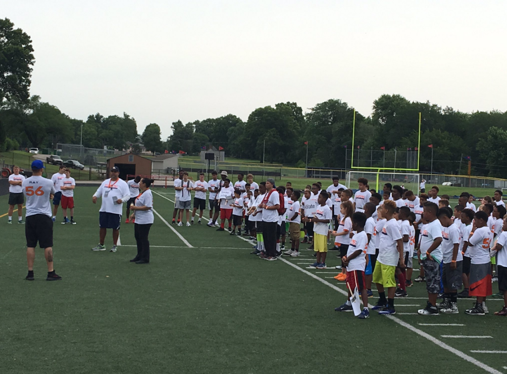 rays-awareness-2017-youth-football-camp-06